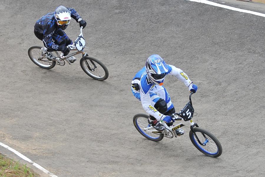 2009JBMXFジャパンシリーズ第3戦ひたち大会VOL1:スーパークラス決勝_b0065730_23145699.jpg