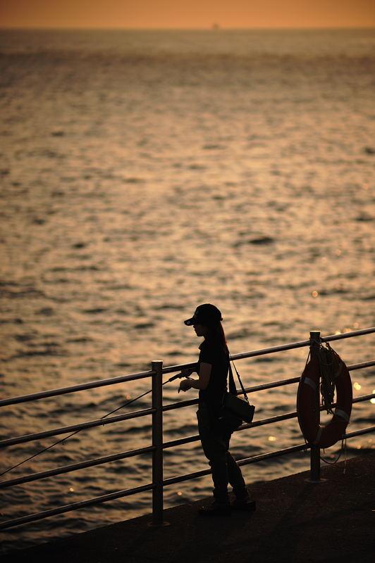 夕暮れ海峡_f0032011_1945471.jpg