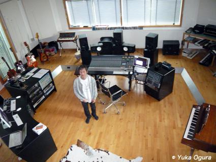 原田知世アイスランド・レコーディング、その2:アットホームなスタジオでの1日目_c0003620_13395765.jpg