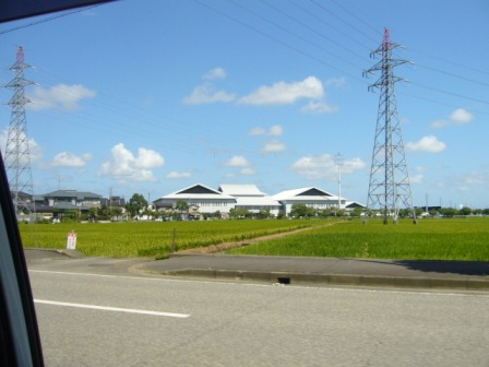 福井県立武道館 : がんばれ長野
