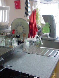 キッチン模様替え・・・冷やしトマトときゅうりのドレッシング。_f0177295_11235869.jpg