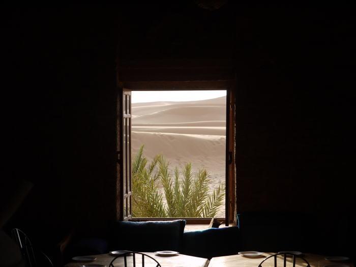 窓 モロッコ_a0042928_2252363.jpg