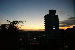 黎明と朝日_e0166355_6261682.jpg
