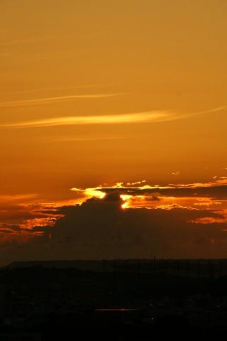 黎明と朝日_e0166355_6263058.jpg