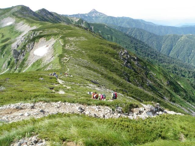 夏山登山ツアー 「北アルプス、黒部源流」 参加19名_d0007657_813325.jpg