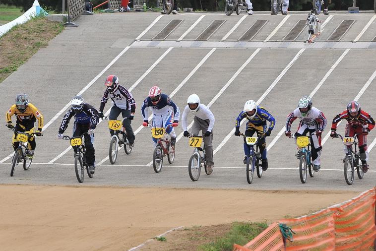 2009JBMXFジャパンシリーズ第3戦ひたち大会VOL11:メン17−29、30オーバー決勝_b0065730_2040137.jpg
