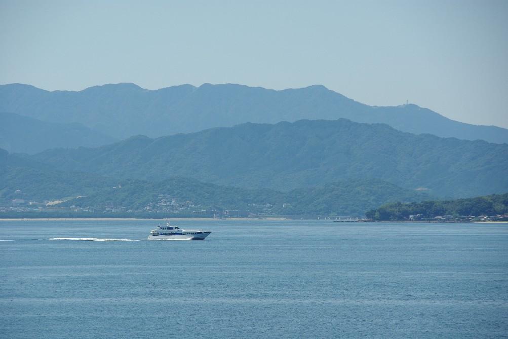 今日の博多湾_c0011649_11433282.jpg