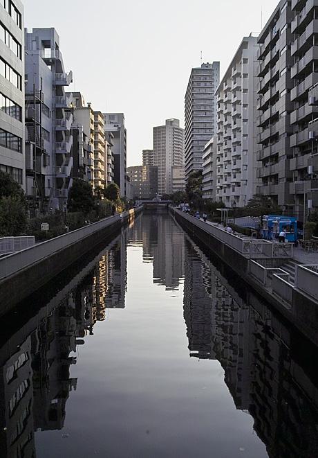 今日は運河の町へ_c0002682_2119999.jpg