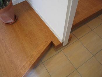 玄関の床.JPG