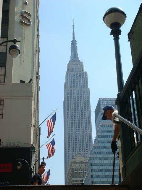 34丁目をWESTに歩いてパン屋さんへ、_d0100880_1122127.jpg