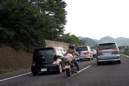 渋滞ウォーカー 東北道版 〜スリ抜けの美学〜_f0203027_20394271.jpg