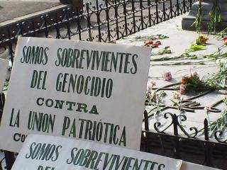 消えた家族たち〜コロンビアの記憶 A la Memoria_d0033474_1461721.jpg