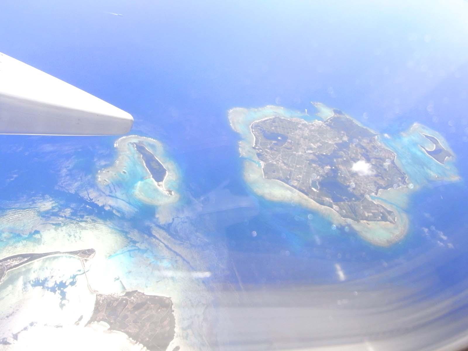 沖縄上空めんそーれ_c0108695_12225862.jpg