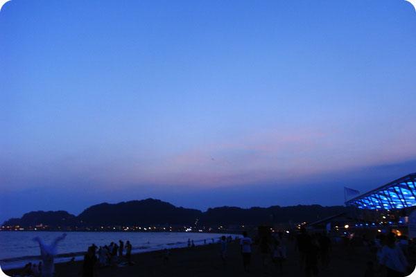 鎌倉由比ガ浜、夏の終わり_b0000608_2152344.jpg