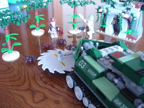 LEGO_b0132530_10493240.jpg