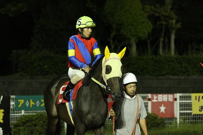 中西達也騎手、通算勝利1900勝達成~_a0077663_22101635.jpg