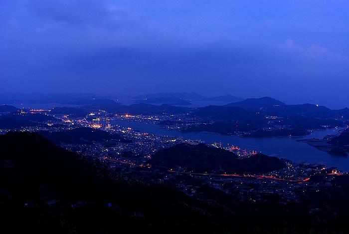 尾道鳴滝山からの夕暮れ_c0152379_23385931.jpg