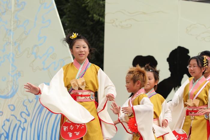 第56回よさこい祭り(2009) 全国大会 丸亀ごんな連_a0077663_9534415.jpg