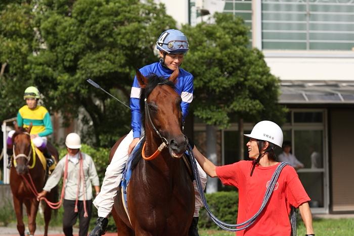 2009年8月10日(月) 高知競馬 2R D8 記者選抜 パドック_a0077663_785539.jpg