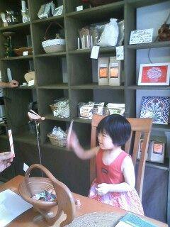 ハンドメイドさん納品&マコ、コーヒーストーリーに登場!_e0166301_4482981.jpg