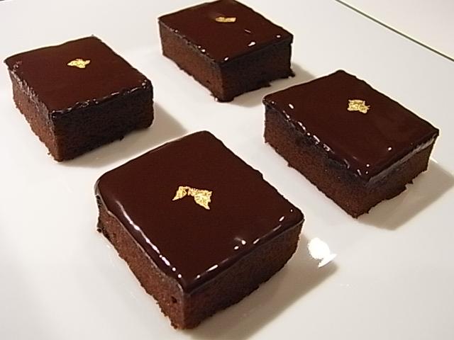 ビターチョコレートのガトーショコラ _b0145846_21481382.jpg