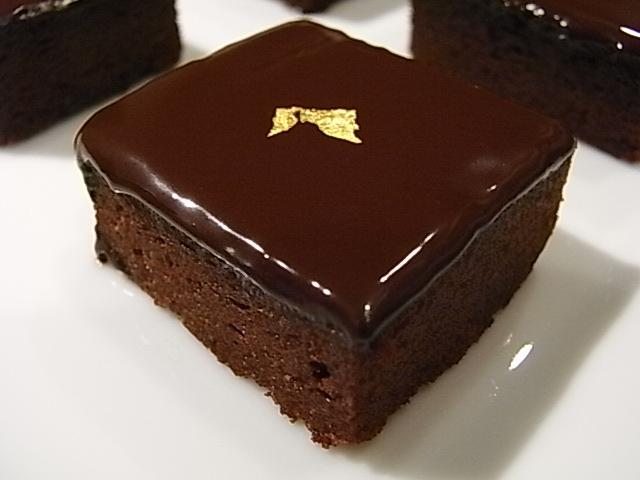 ビターチョコレートのガトーショコラ _b0145846_21484993.jpg