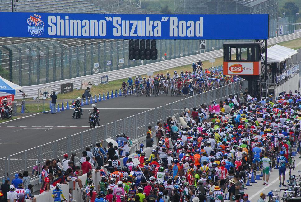 シマノ鈴鹿ロードレースの報告!_a0049296_1858476.jpg