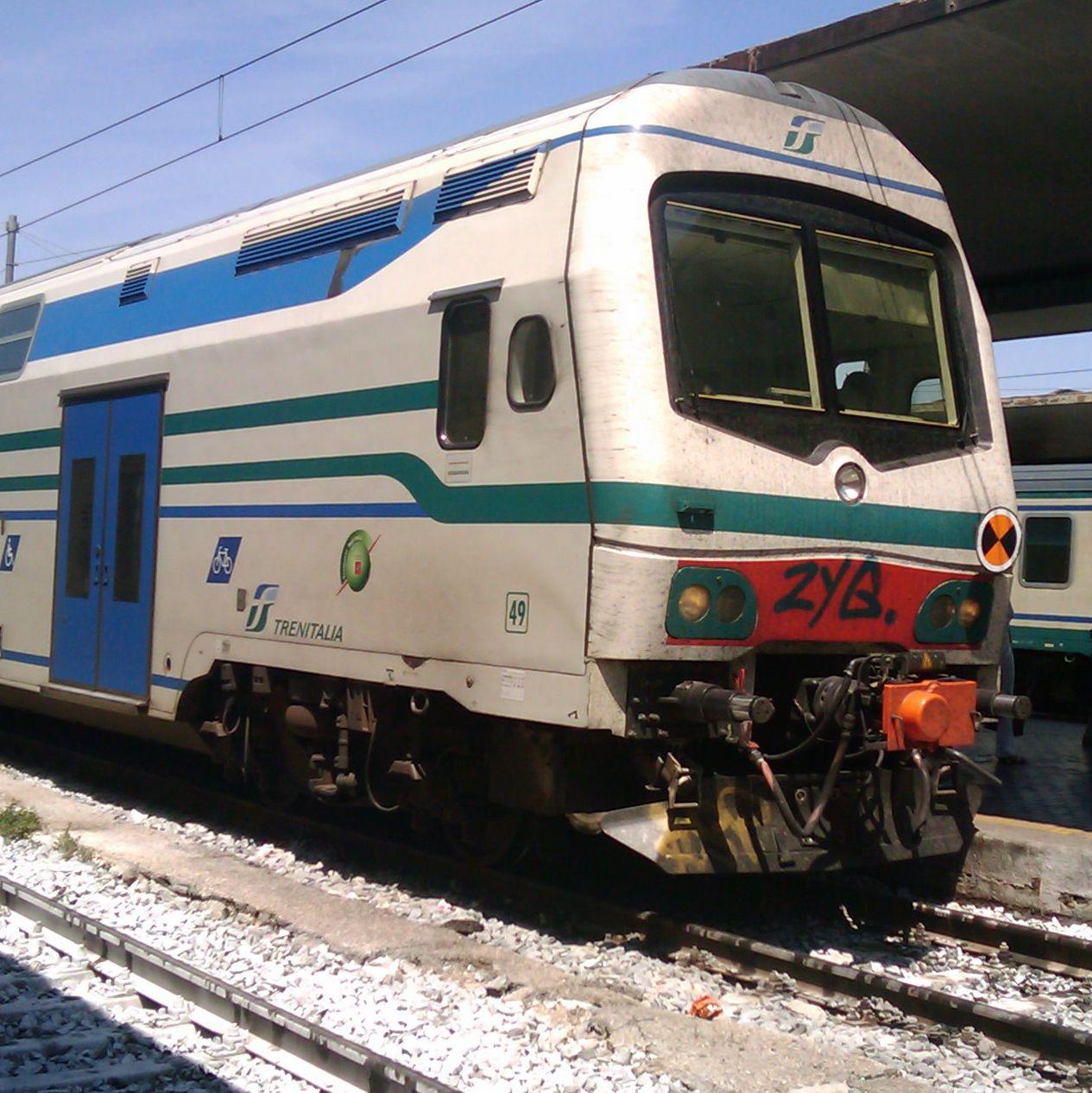 イタリアのヂィーゼル車_f0192307_21511298.jpg
