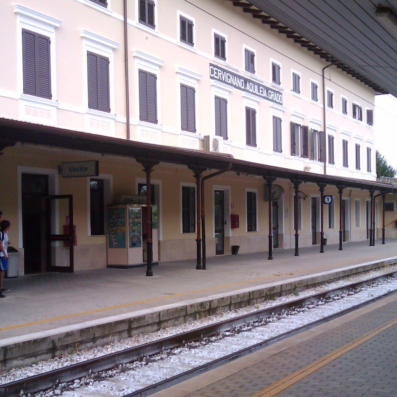 イタリアの駅_f0192307_21525941.jpg