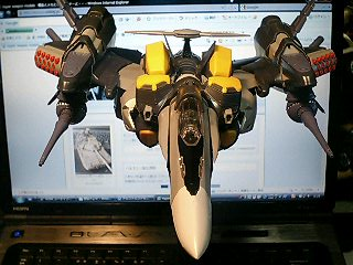 VF-25S アーマードメサイア_d0009833_033059.jpg