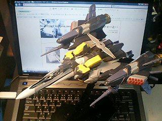 VF-25S アーマードメサイア_d0009833_0334331.jpg