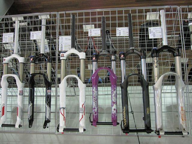 2010 GIANT JAPAN展示会(P&A編)_e0069415_1151842.jpg