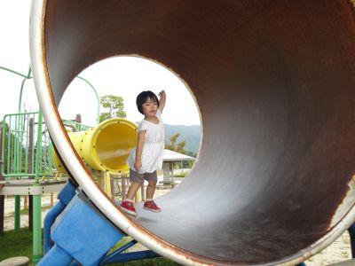 マコちゃん、大きい公園に行く!_e0166301_5595621.jpg