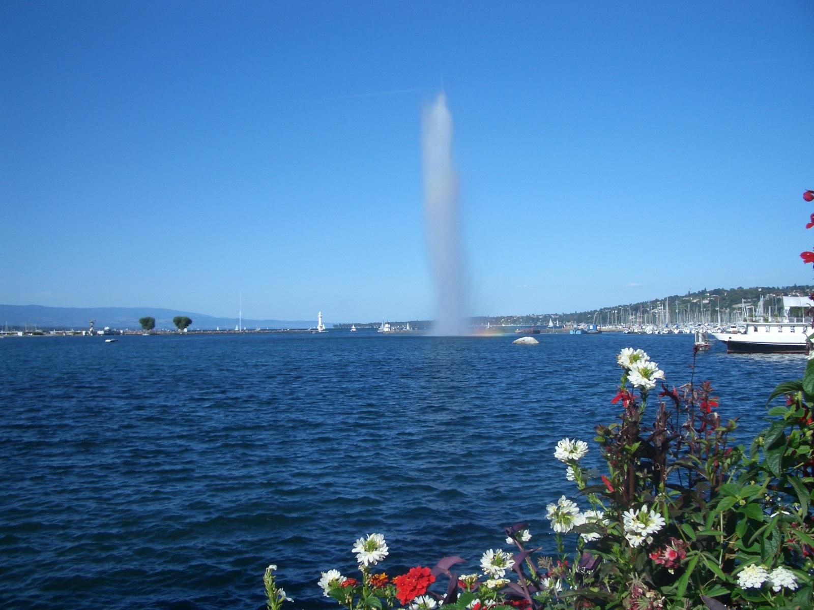 まず、Geneve ジュネーブへ_a0137487_23115068.jpg
