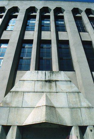 東京千住郵便局電話事務室(昭和モダン建築探訪)_f0142606_2336445.jpg