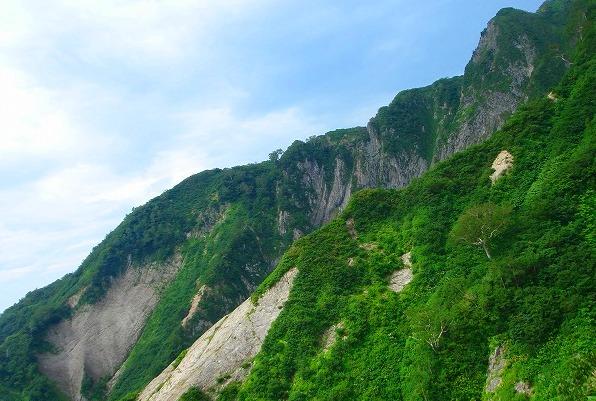 <2009年8月27~28日>フォッサマグナの名峰「雨飾山」(信越国境・頚城)_c0119160_5594784.jpg
