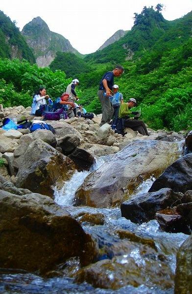 <2009年8月27~28日>フォッサマグナの名峰「雨飾山」(信越国境・頚城)_c0119160_64379.jpg