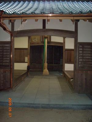 神社拝殿_c0105163_10525366.jpg