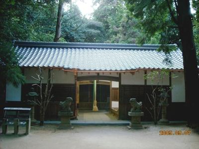 神社拝殿_c0105163_1055767.jpg