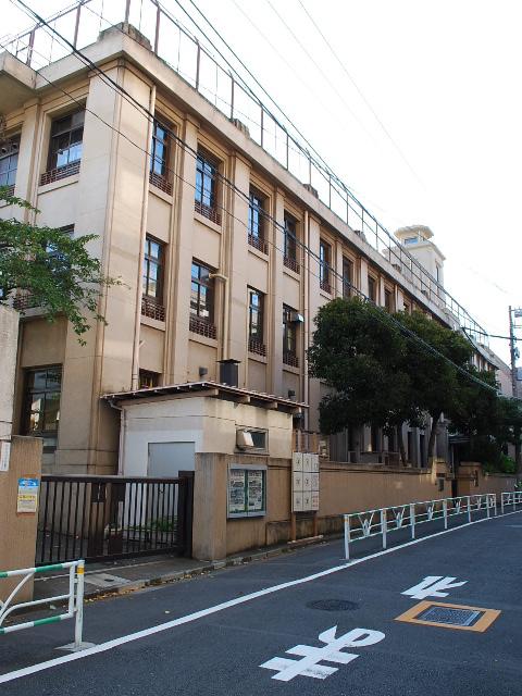 東京都渋谷区立広尾小学校(昭和モダン建築探訪)_f0142606_23362380.jpg