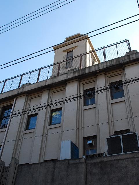 東京都渋谷区立広尾小学校(昭和モダン建築探訪)_f0142606_2342437.jpg