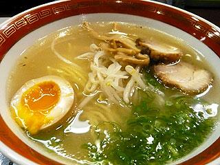 素蓋鳴尊(スサノオ)@西津田 (紫(醤油)拉麺&白(塩)拉麺)_f0080612_14372990.jpg