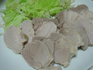 塩豚と切干大根とブロッコリーのサラダ_c0025217_0584073.jpg
