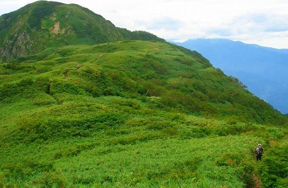 <2009年8月27~28日>フォッサマグナの名峰「雨飾山」(信越国境・頚城)_c0119160_01549.jpg