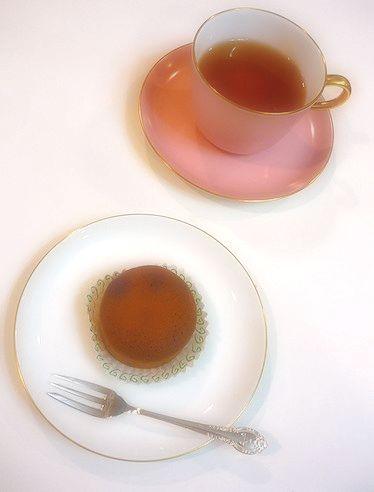 今日から 7月。。。葉月のお茶は 村上開新堂 の 半生菓子で。。 *。:☆.。✝ _a0053662_1347427.jpg