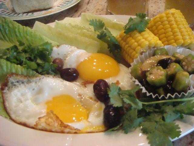 田舎からの野菜が並んだ朝食、_d0100880_23593249.jpg