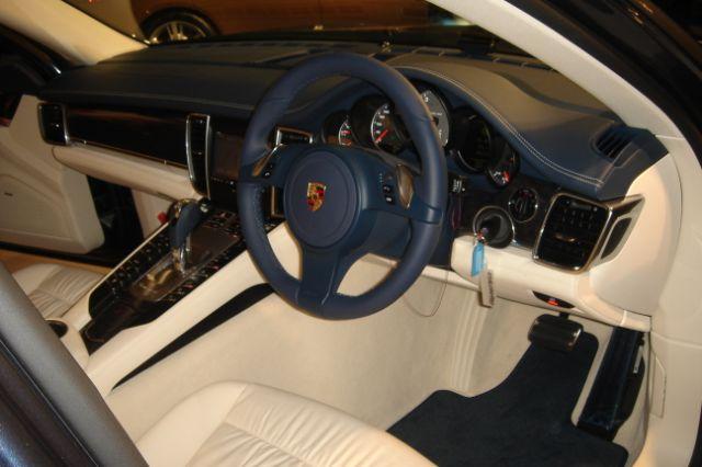 Porscheパナメーラ_a0129711_15213655.jpg