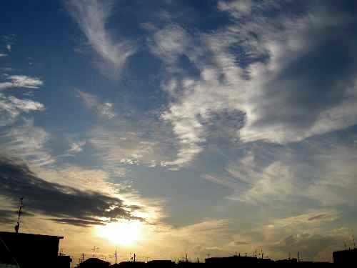 きょうの空。_b0157216_04935.jpg