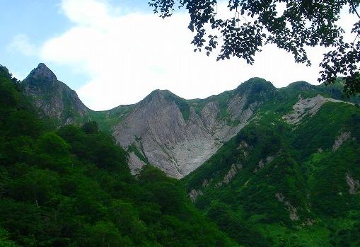 <2009年8月27~28日>フォッサマグナの名峰「雨飾山」(信越国境・頚城)_c0119160_123814.jpg