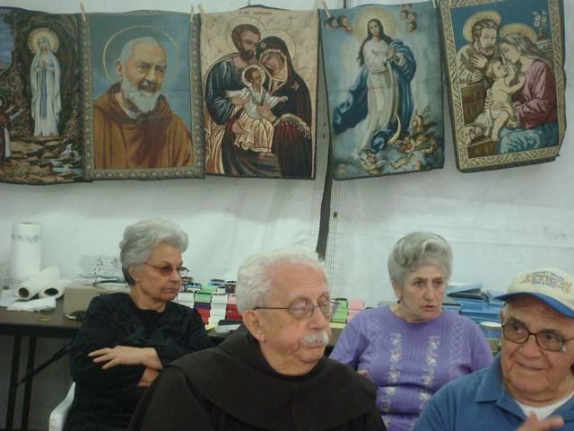今日から、リトルイタリーのお祭り、聖ジェンナーロ祭り、_d0100880_10521484.jpg